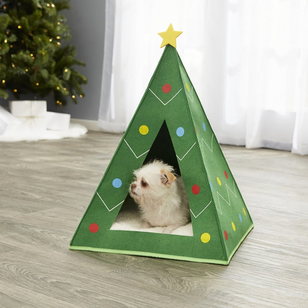 A Little Holiday Retreat for Dogs _ Cats